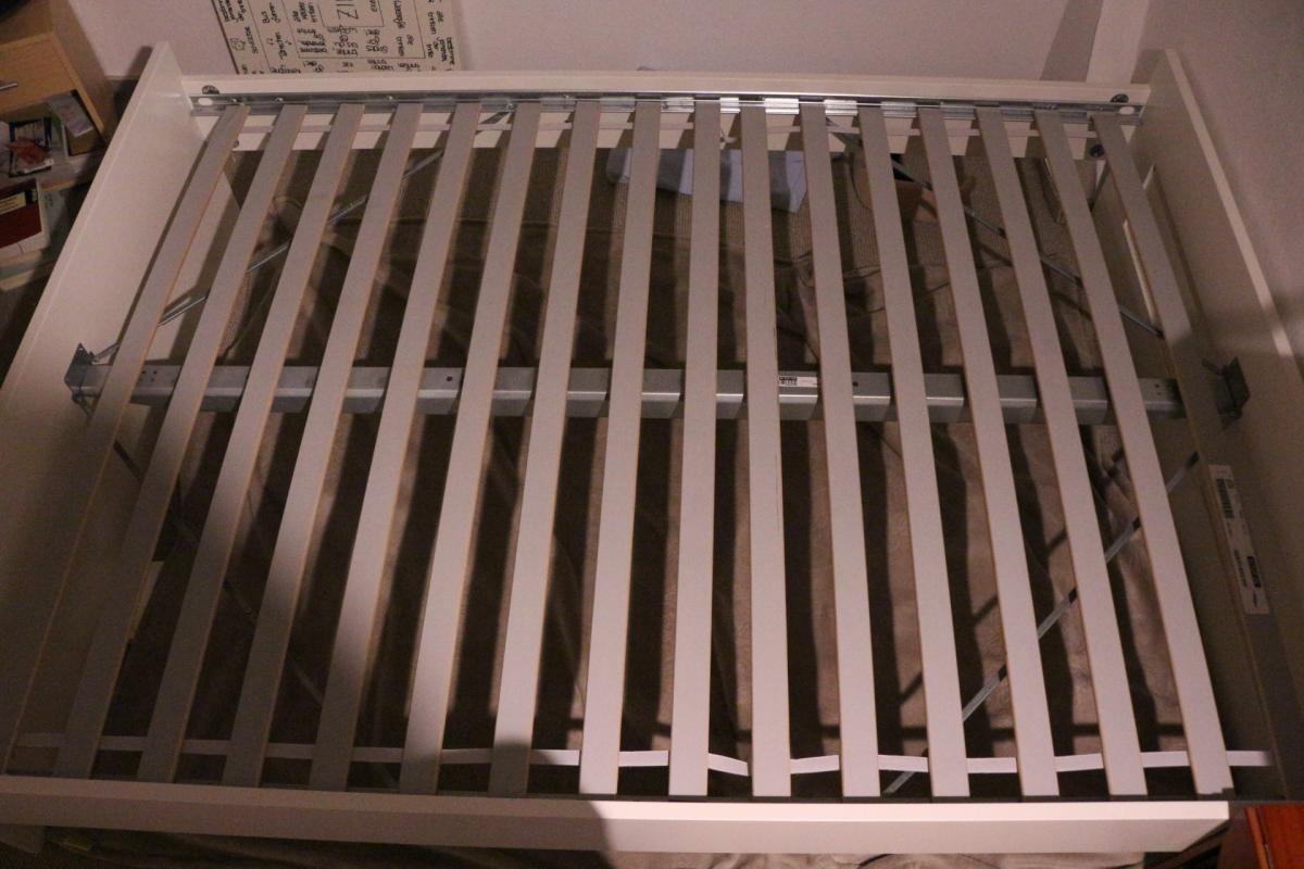 IKEA BRIMNES BETT + Lattenrost (Matratze auf Nachfrage) + Kopfteil ...