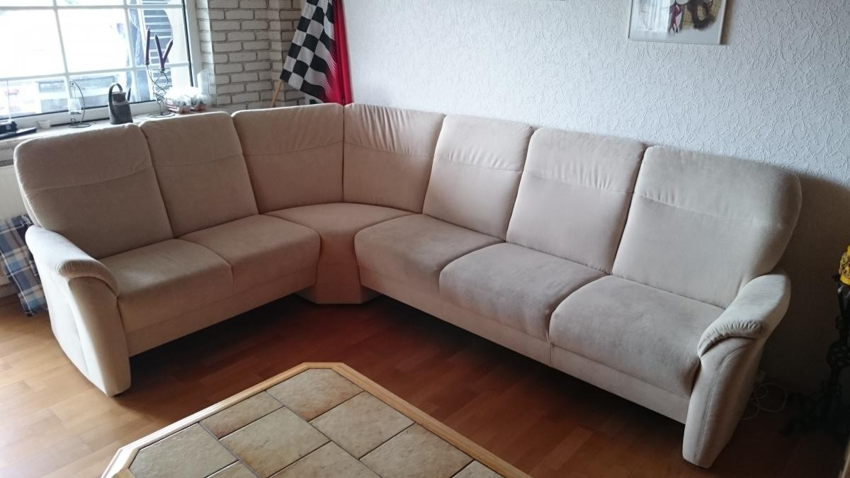 Sofa couch rundecke beige hell zu verschenken in gro for Couch rundecke