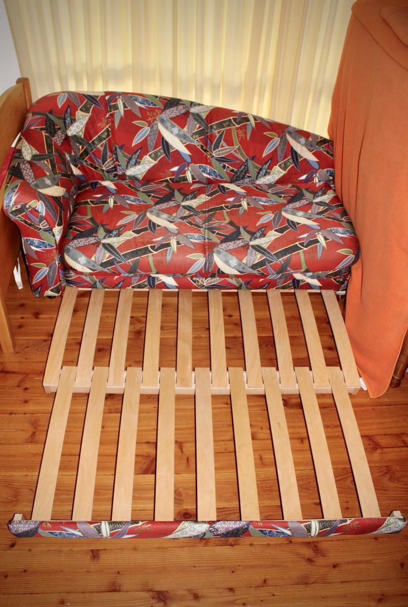Schlafsofa schlafcouch sofa couch zu verschenken in for Schlafsofa zu verschenken