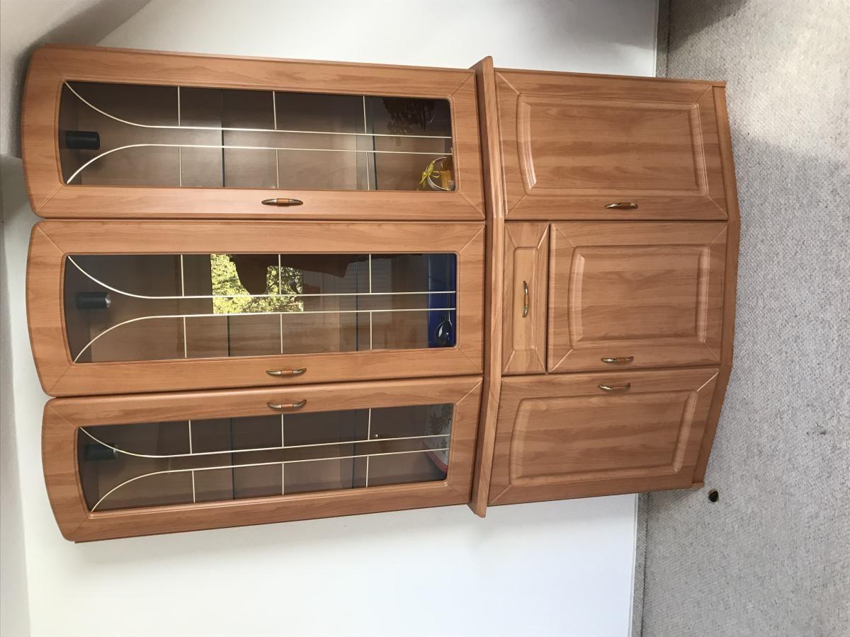 Sofa, Wozi-Schrank, Kleiderschrank, Küche, Sideboard in ...