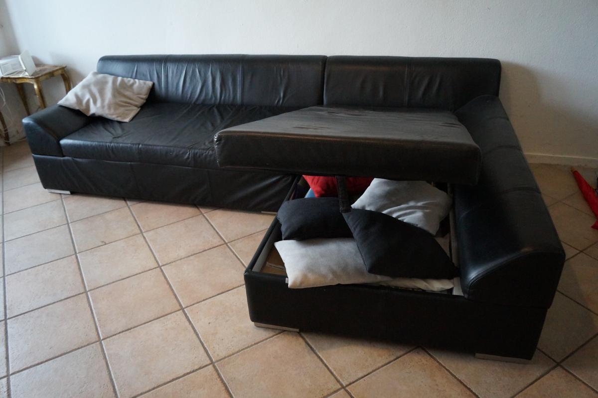 Zweiteiliges Sofa Mit Stauraum Zu Verschenken! 2
