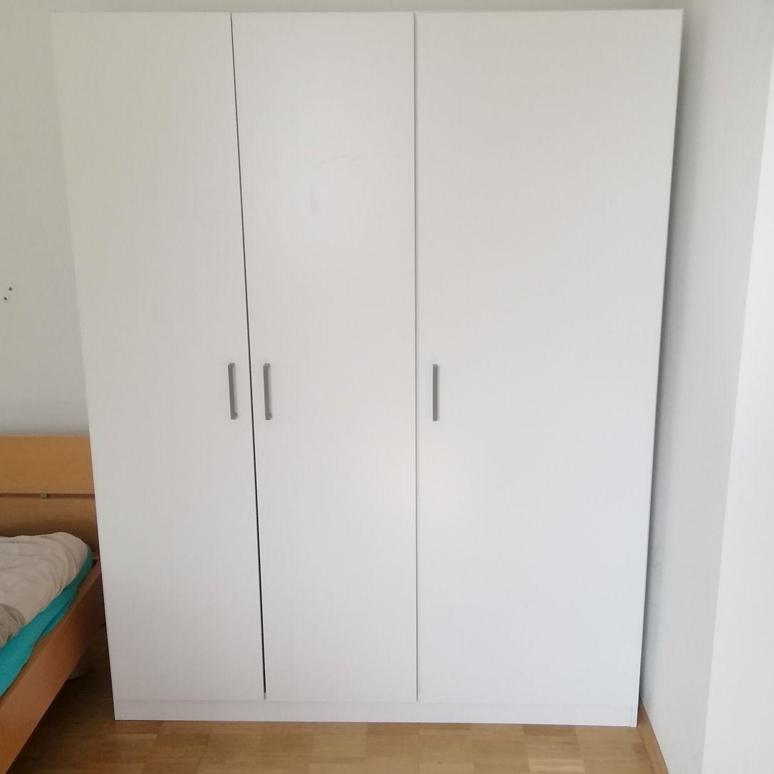 IKEA Kleiderschrank zu verschenken in Bonn | Free Your Stuff