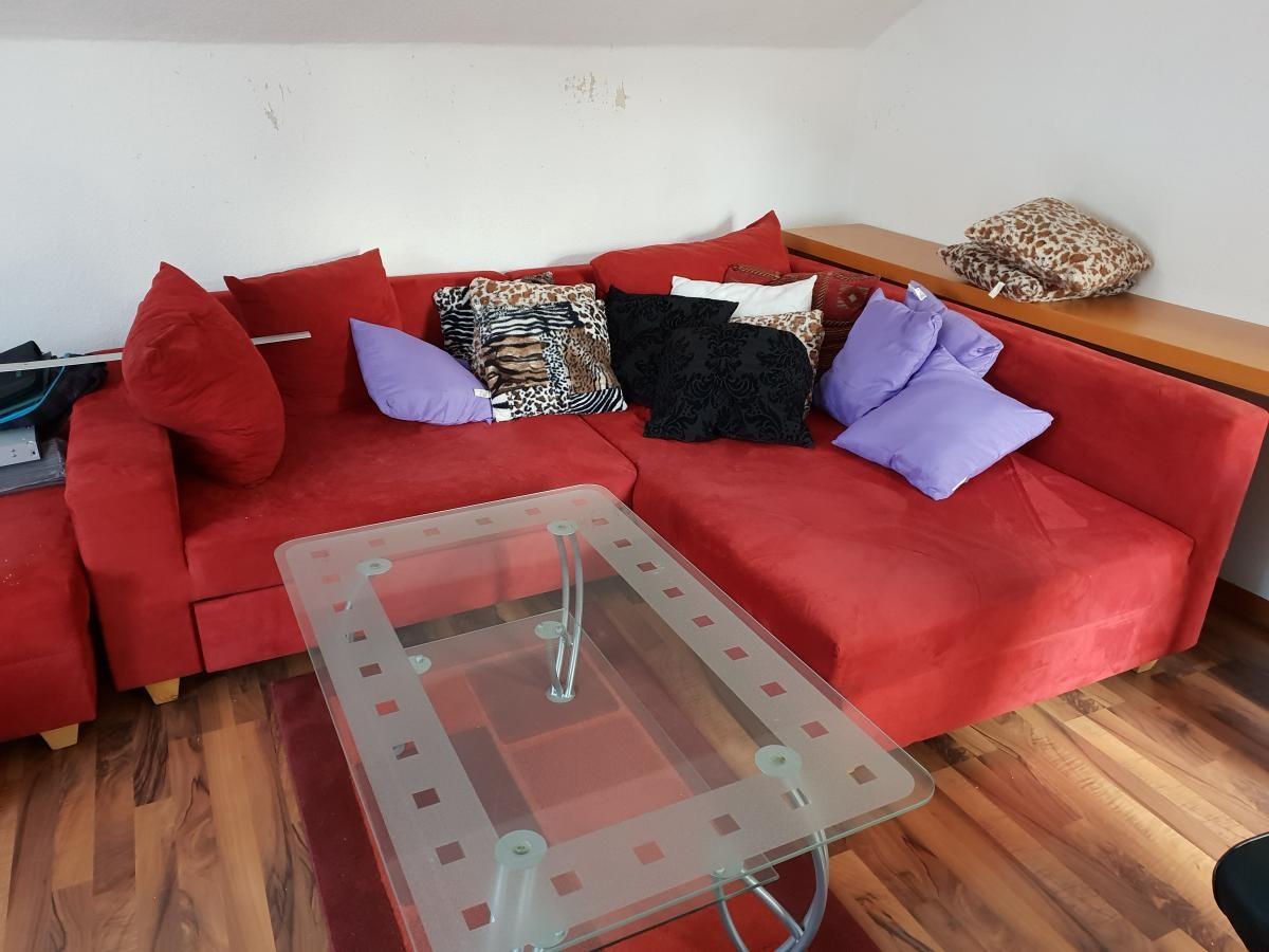 Sofa In Rot Zu Verkaufen Zu Verschenken In Darmstadt Free Your Stuff