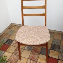 6 Stühle zu verschenken