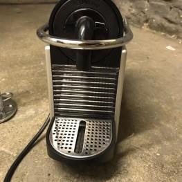 Nespresso Kapselmaschine Pixie von Delonghi inkl. Kapselhalter 1
