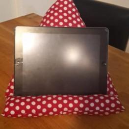 Tablet-Halter aus Stoff 1