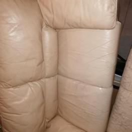 Ledercouch 2- und 3 Sitzer 1