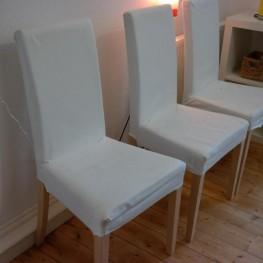 3 Esstisch-Stühle