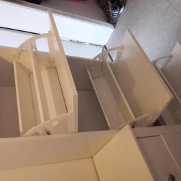 weißer Schuhschrank mit drei Fächern 1