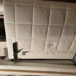 Leder-Bettgestell Innenmaß: 1,40 Meter / Außenmaß: 1,60 Meter
