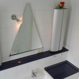 Spiegel und Wandstrahler kostenlos abzugeben