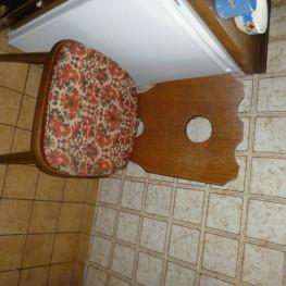 Esszimmertisch, Stühle , Eichenfurnier  1