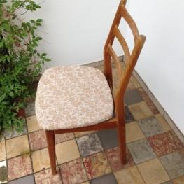 6 Stühle zu verschenken 1