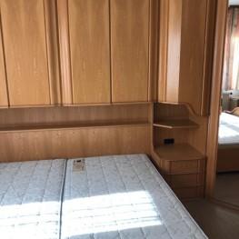Neuwertiges Schlafzimmer 2x4 Meter 2