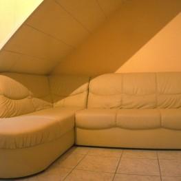 beiges Sofa