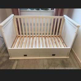 Kidsmill Kinderzimmer Schrank und Bett massivholz, schadstoffrei 1