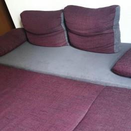 Schönes Sofa mit Schlaffunktion zu verschenken 2