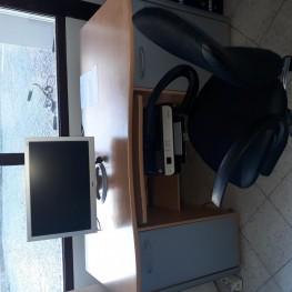 Schreibtisch zu verschenken 2