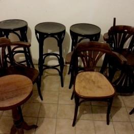 Barhocker & Stühle