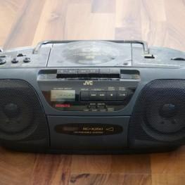 Radio-Tape-CD-Player
