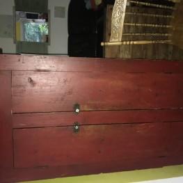 Antik Holzessensregal