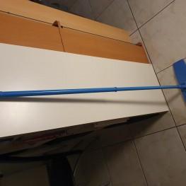 Wischmopp in blau