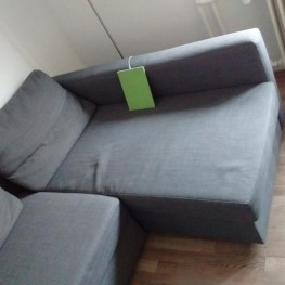 Gut erhaltene Couch abzugeben
