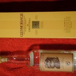 Leere Whiskeyflaschen (mit oder ohne Verpackung) 1