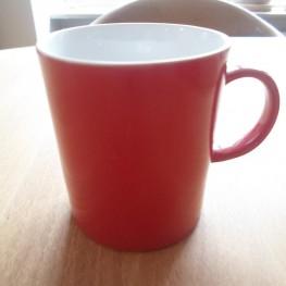 Butlers Tasse rot bspw. zum Selbstgestalten