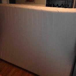 Matratze zu verschenken! Maße: 1,40 x 2m  1