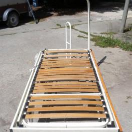 Biete ein elektrisches Pflege-Bett